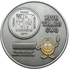 czech-wood-geocoin-vyroci-5-let-zadni-strana-geovera-cz