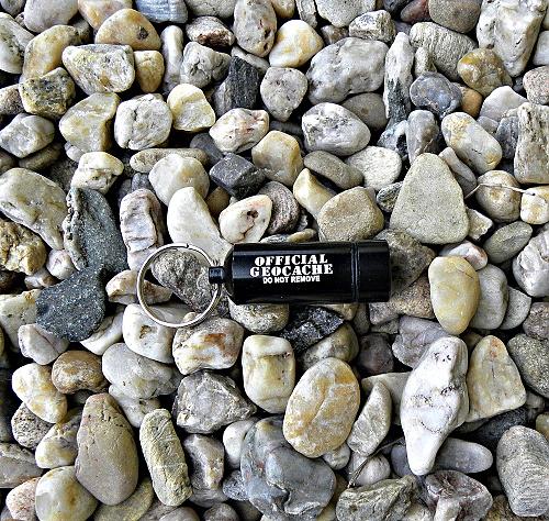 mikro-cache-cerna-geocaching