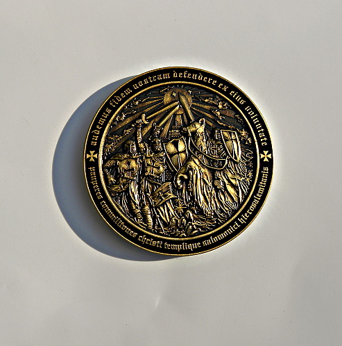 templar-mmxi-geocoin-ii-antique-gold-1